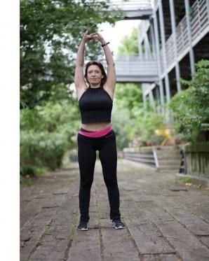 S'étirer après une séance de renforcement musculaire