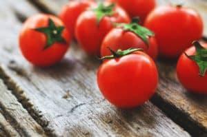 Focus sur la tomate : votre atout jeunesse !