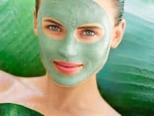 Conservez la jeunesse de votre visage avec l'argile verte