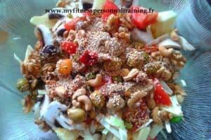 salade de légumes aux graines variées (vegan et crue)
