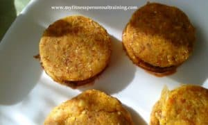 Biscuits sandwichs crus au chocolats et à la noisette (vegan et sans gluten)