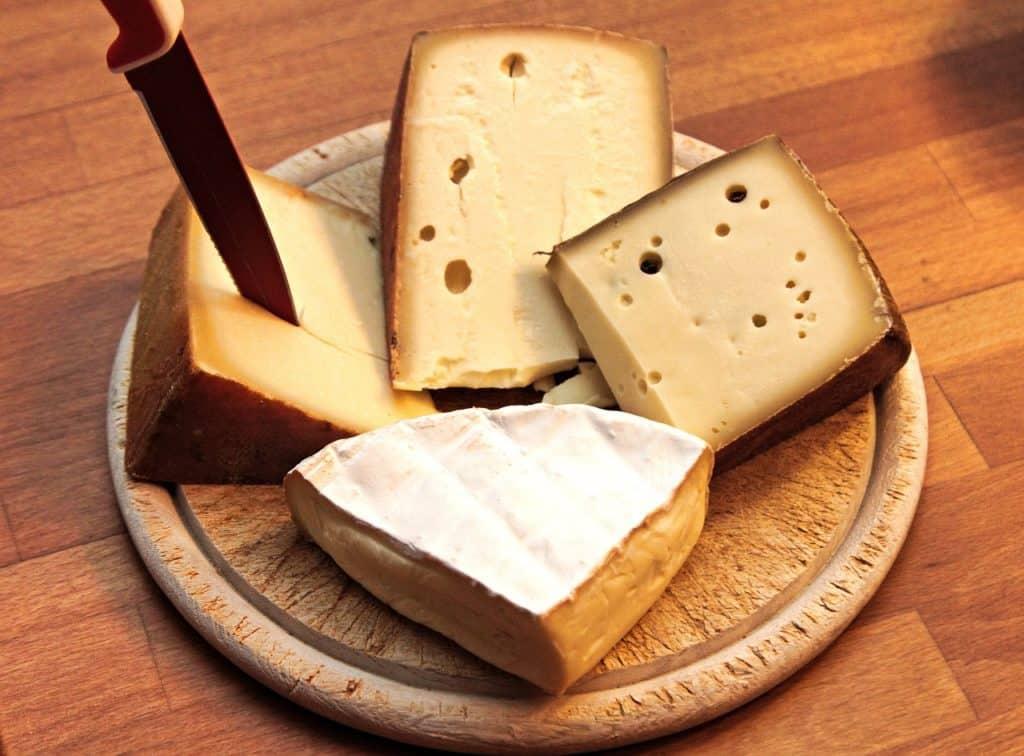 Pourquoi les produits laitiers sont mauvais pour la santé? (vidéo)