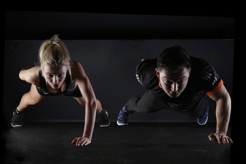 Bénéfice de la musculation avec haltères et au poids de corps
