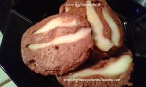 Pancakes protéinés et allégés chocolat poire