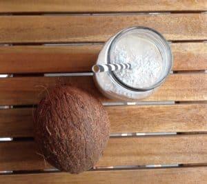 Milkshake vegan coco poire banane