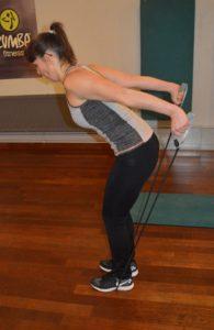 Vidéo: Travailler ses triceps avec un élastique